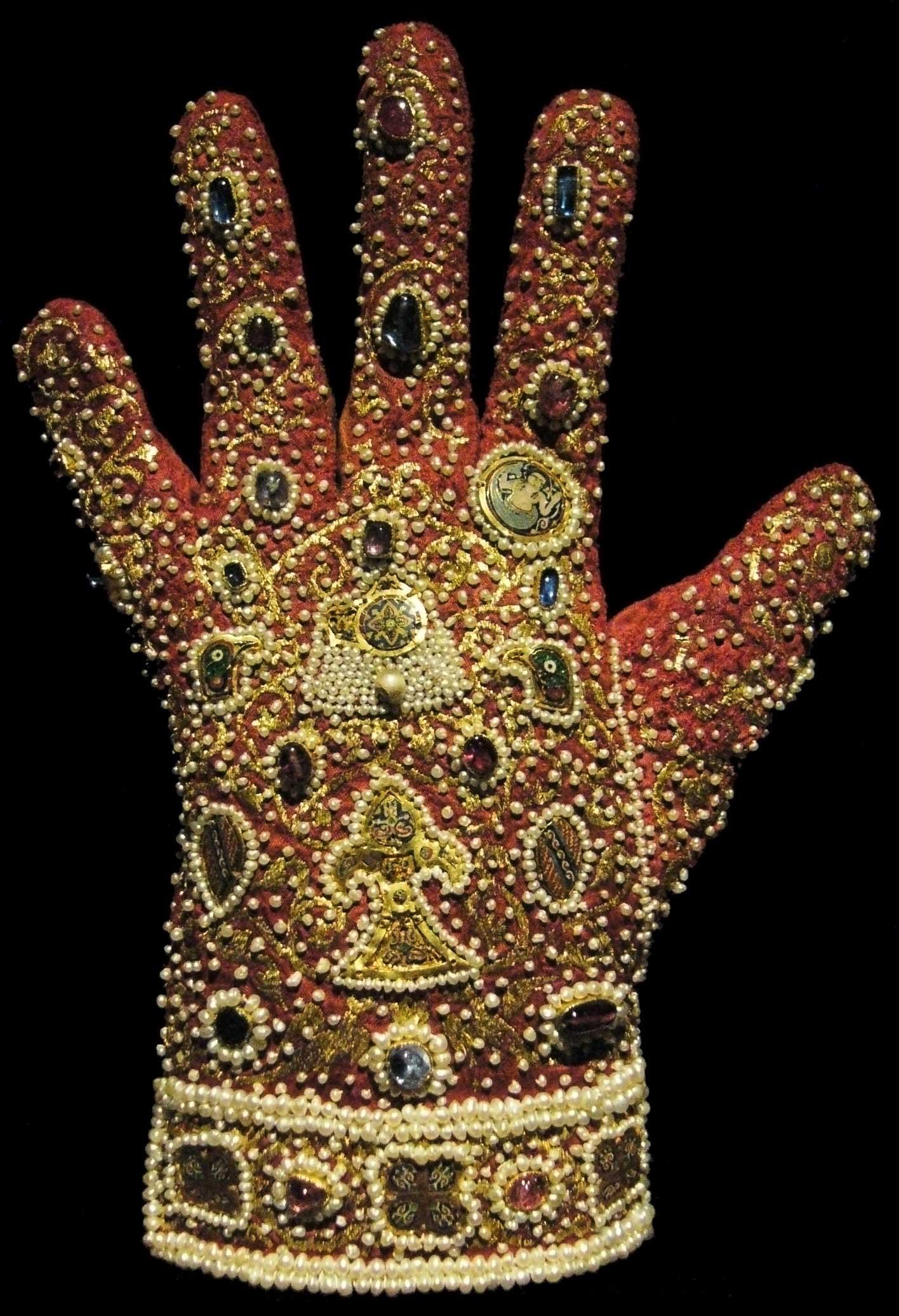 Реклама перчаток в греции